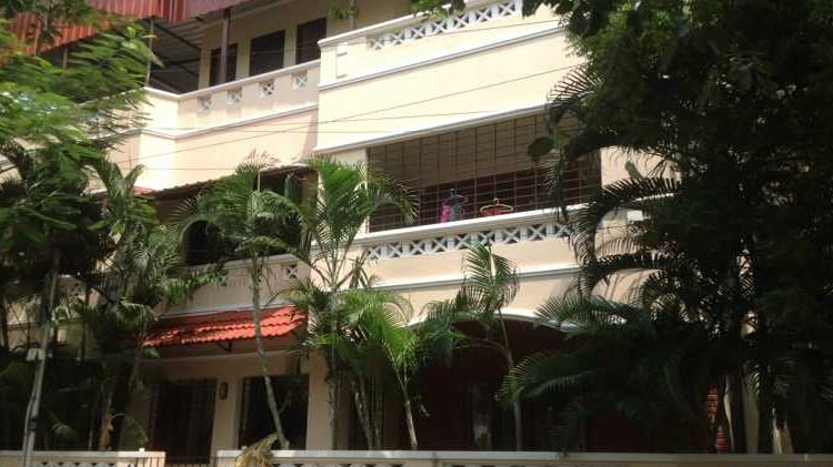Ace Place Hostel For Ladies: Kongu PG Hostel For Working Womens In Adayar