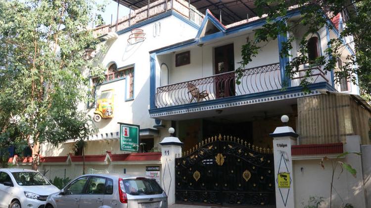 Ace Place Hostel For Ladies: Luxura Ladies Hostel In Ramapuram
