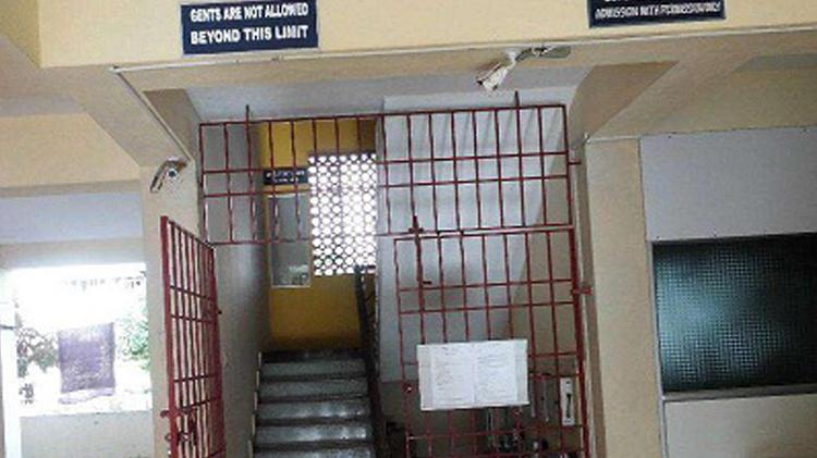 Ace Place Hostel For Ladies: Orange Hostel For Gents In Navalur