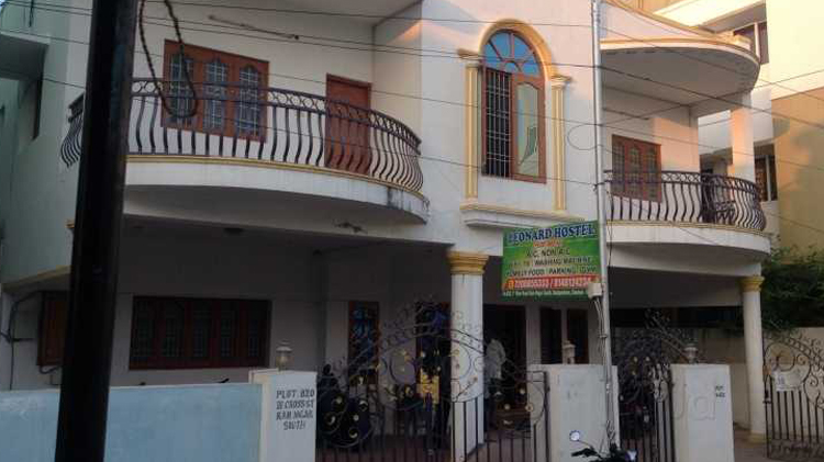 Ace Place Hostel For Ladies: Leonard Working Mens Hostel In Madipakkam
